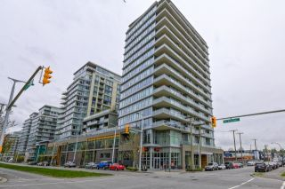 Photo 1: 709 1708 COLUMBIA STREET in Vancouver: False Creek Condo for sale (Vancouver West)  : MLS®# R2059228
