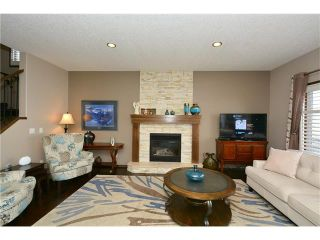 Photo 12: 14 WEST POINTE Manor: Cochrane House for sale : MLS®# C4108329