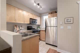 Photo 3: 34 638 W 6TH Avenue in Vancouver: Fairview VW Townhouse for sale (Vancouver West)  : MLS®# R2445915