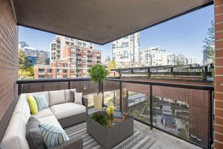 """Photo 14: 3E 199 DRAKE Street in Vancouver: Yaletown Condo for sale in """"CONCORDIA 1"""" (Vancouver West)  : MLS®# R2590785"""