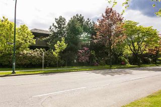 Photo 11: Vancouver West in Fairview VW: Condo for sale : MLS®# R2079599