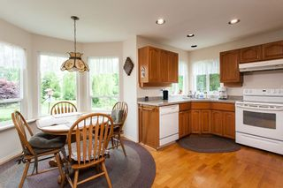 """Photo 6: 20629 98 Avenue in Langley: Walnut Grove House for sale in """"DERBY HILLS"""" : MLS®# R2172243"""