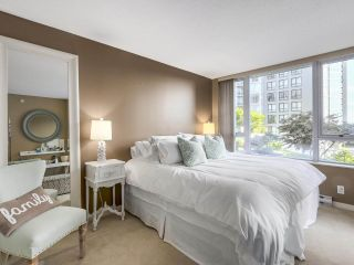 Photo 10: 1438 SEYMOUR MEWS in Vancouver: Yaletown Townhouse for sale (Vancouver West)  : MLS®# R2201290