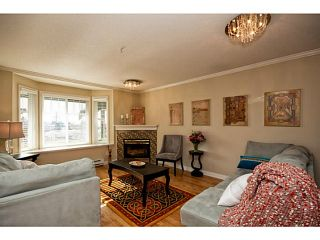 """Photo 3: 653 ST ANDREWS Avenue in North Vancouver: Lower Lonsdale Townhouse for sale in """"Charlton Court"""" : MLS®# V998570"""