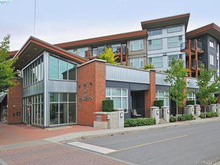 Photo 1: 403 662 Goldstream Ave in VICTORIA: La Fairway Condo for sale (Langford)  : MLS®# 790118