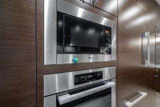 """Photo 11: 453 13TH Street in West Vancouver: Ambleside Townhouse for sale in """"Ambleside Terrace"""" : MLS®# R2545433"""