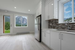 Photo 26: 2204 WINDSAIL PLACE in Squamish: Plateau House for sale : MLS®# R2464154