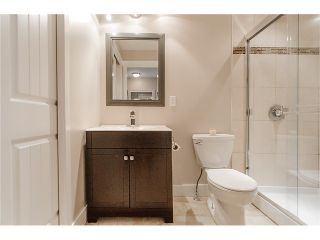 Photo 5: 241 BALMORAL Place in Port Moody: North Shore Pt Moody Townhouse for sale : MLS®# V1021007