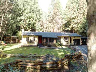 Photo 1: 3004 LOWER Road: Roberts Creek House for sale (Sunshine Coast)  : MLS®# R2249400