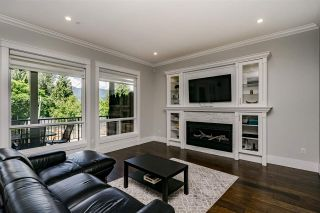 Photo 6: 2106 ST GEORGE Street in Port Moody: Port Moody Centre House for sale : MLS®# R2540576