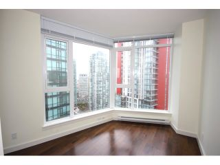 Photo 7: # 2801 1188 W PENDER ST in Vancouver: Coal Harbour Condo for sale ()  : MLS®# V858468