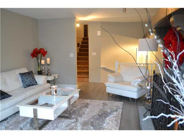 Photo 3: Photos: 944 MANSFIELD CR in Port Coquitlam: Oxford Heights House for sale : MLS®# V1092711