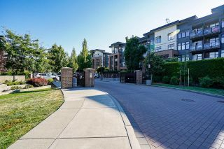 """Photo 3: 105 20062 FRASER Highway in Langley: Langley City Condo for sale in """"Varsity"""" : MLS®# R2599620"""