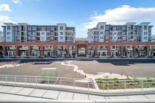 """Photo 2: 4618 2180 KELLY Avenue in Port Coquitlam: Central Pt Coquitlam Condo for sale in """"Montrose Square"""" : MLS®# R2621963"""