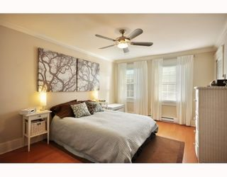 """Photo 9: 1365 W 7TH AV in Vancouver: Fairview VW Condo for sale in """"WEMSLEY MEWS"""" (Vancouver West)  : MLS®# V806389"""