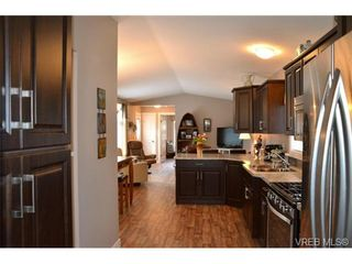 Photo 4: 46 2780 Spencer Rd in VICTORIA: La Goldstream Manufactured Home for sale (Langford)  : MLS®# 697284
