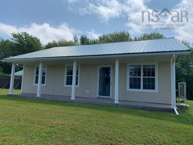 Main Photo: 5338 Little Harbour Road in Little Harbour: 108-Rural Pictou County Residential for sale (Northern Region)  : MLS®# 202121038
