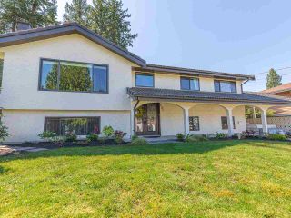 Photo 2: 890 RUNNYMEDE Avenue in Coquitlam: Coquitlam West House for sale : MLS®# R2567229
