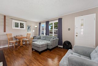 Photo 2: 1540 Fitzgerald Ave in : CV Courtenay City House for sale (Comox Valley)  : MLS®# 874177