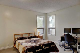 Photo 16: 43 STRATHEARN Crescent SW in Calgary: Strathcona Park Detached for sale : MLS®# C4183952