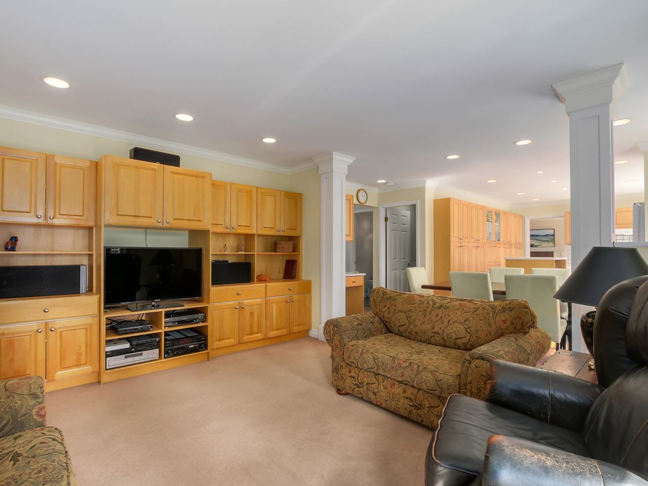 """Photo 10: Photos: 5153 SARITA Place in North Vancouver: Canyon Heights NV House for sale in """"Canyon Heights"""" : MLS®# R2055631"""
