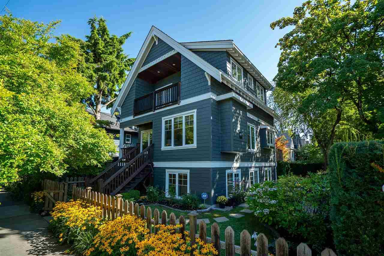Main Photo: 2180 TRUTCH Street in Vancouver: Kitsilano House for sale (Vancouver West)  : MLS®# R2492330