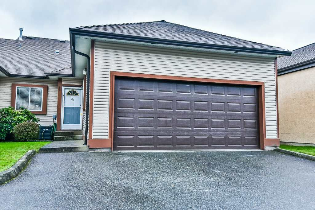"""Main Photo: 33 23151 HANEY Bypass in Maple Ridge: East Central Townhouse for sale in """"Stonehouse Estates"""" : MLS®# R2247283"""