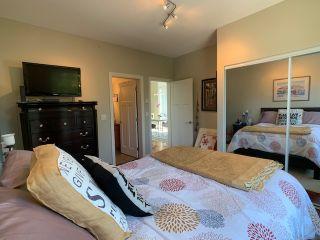 Photo 1: 11 5780 TRAIL AVENUE in Sechelt: Sechelt District Condo for sale (Sunshine Coast)  : MLS®# R2476579