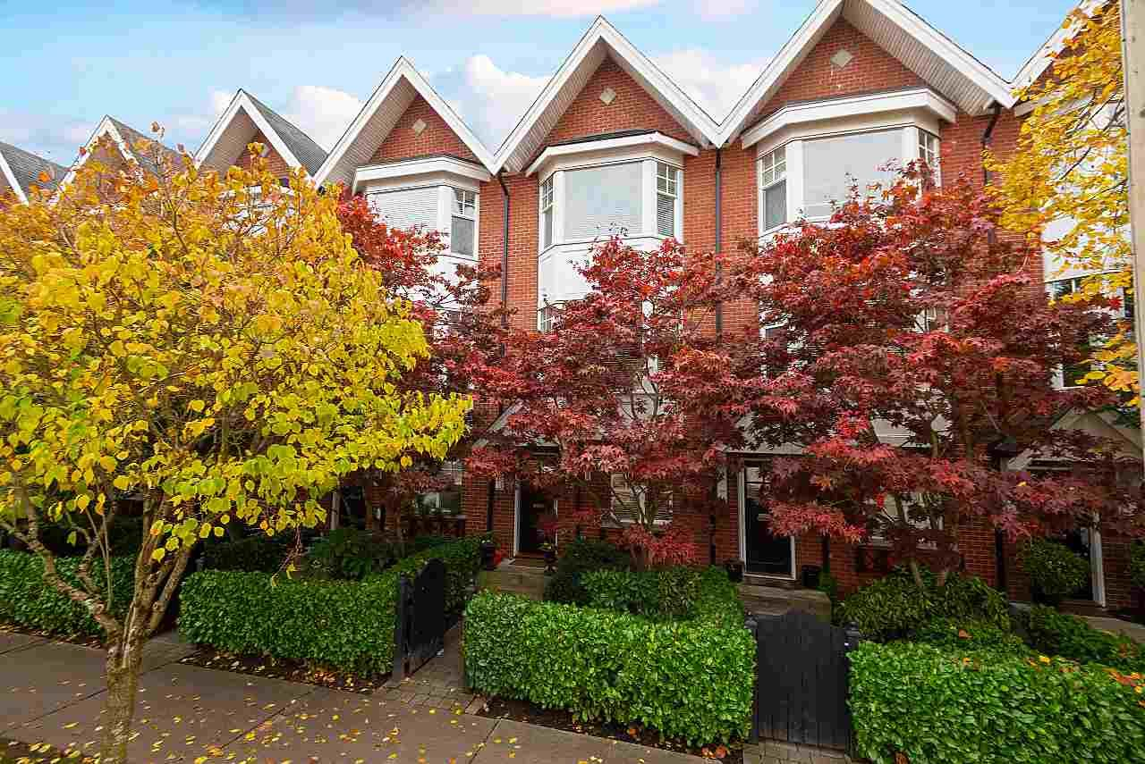 """Main Photo: 2158 W 8TH Avenue in Vancouver: Kitsilano Townhouse for sale in """"Handsdowne Row"""" (Vancouver West)  : MLS®# R2514357"""