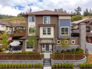 """Photo 2: 36 10480 248 Street in Maple Ridge: Thornhill MR Townhouse for sale in """"THE TERRACE"""" : MLS®# R2615332"""