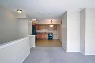 Photo 9: 128 Mckenzie Towne Lane SE in Calgary: McKenzie Towne Row/Townhouse for sale : MLS®# A1106619