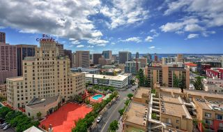 Photo 2: DOWNTOWN Condo for sale : 3 bedrooms : 850 Beech St #1804 in San Diego