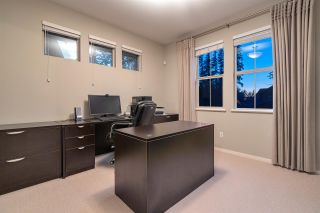 Photo 10: 7 HAWTHORN Drive in Port Moody: Heritage Woods PM House for sale : MLS®# R2405675