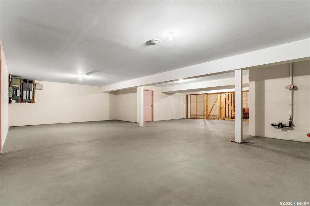 Photo 35: Photos: 2101 Smith Street in Regina: Transition Area Commercial for sale : MLS®# SK840584