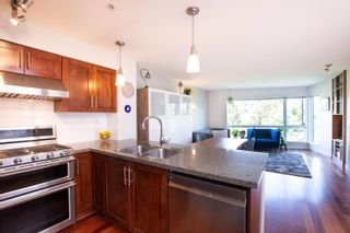 """Photo 18: 202 668 W 6TH Avenue in Vancouver: Fairview VW Townhouse for sale in """"The Bohemia"""" (Vancouver West)  : MLS®# R2596891"""