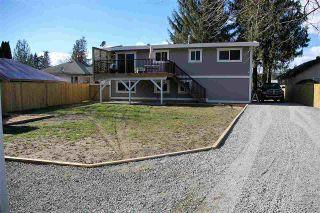Photo 3: 50530 YALE Road in Rosedale: Rosedale Popkum House for sale : MLS®# R2152128