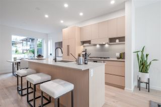 """Photo 5: TH49 528 E 2ND Street in North Vancouver: Lower Lonsdale Townhouse for sale in """"Founder Block South"""" : MLS®# R2543629"""
