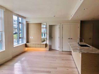 Photo 3: 211 3639 16 Avenue in Vancouver: Point Grey Condo for sale (Vancouver West)  : MLS®# R2583346