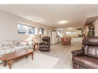"""Photo 17: 21656 91 Avenue in Langley: Walnut Grove House for sale in """"Madison Park"""" : MLS®# R2441594"""