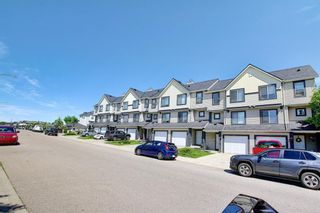 Photo 41: 28 Everhollow Way SW in Calgary: Evergreen Row/Townhouse for sale : MLS®# A1122910