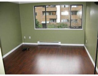 """Photo 8: 233 7297 MOFFATT Road in Richmond: Brighouse South Condo for sale in """"DORCHESTER CIRCLE"""" : MLS®# V744108"""