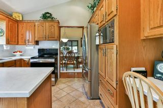 Photo 10: 111 EDFORTH Place NW in Calgary: Edgemont Detached for sale : MLS®# C4280432