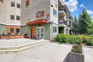 Main Photo: 202 69 Springborough Court SW in Calgary: Springbank Hill Apartment for sale : MLS®# A1123193