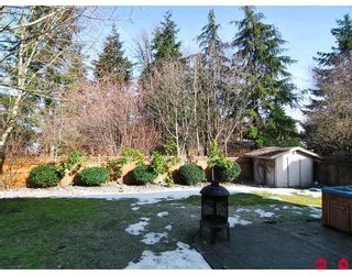 """Photo 10: 20325 93RD Avenue in Langley: Walnut Grove House for sale in """"FOREST GLEN"""" : MLS®# F2902844"""