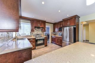 Photo 5: 7893 167A Street in Surrey: Fleetwood Tynehead House for sale : MLS®# R2401147