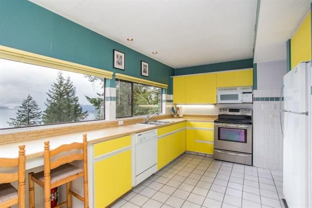Photo 12: Photos: 405 TIMBERTOP DRIVE in West Vancouver: Lions Bay House for sale : MLS®# R2358443