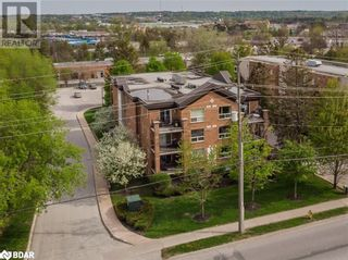 Photo 13: 117 EDGEHILL Drive Unit# 104 in Barrie: Condo for sale : MLS®# 40147841