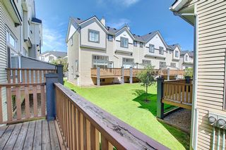 Photo 9: 28 Everhollow Way SW in Calgary: Evergreen Row/Townhouse for sale : MLS®# A1122910