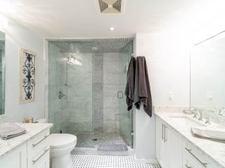 """Photo 21: 211 2665 W BROADWAY in Vancouver: Kitsilano Condo for sale in """"MAGUIRE BUILDING"""" (Vancouver West)  : MLS®# R2550864"""