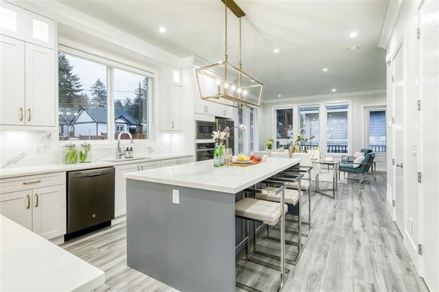 FEATURED LISTING: 15346 28 Avenue South Surrey